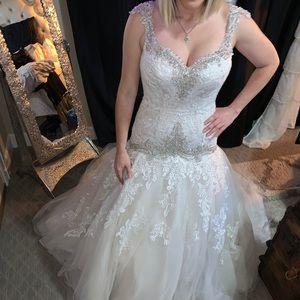 Wedding Dress - Allure